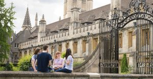 Oxford Royale Academy, Summer School for Adults in Oxford